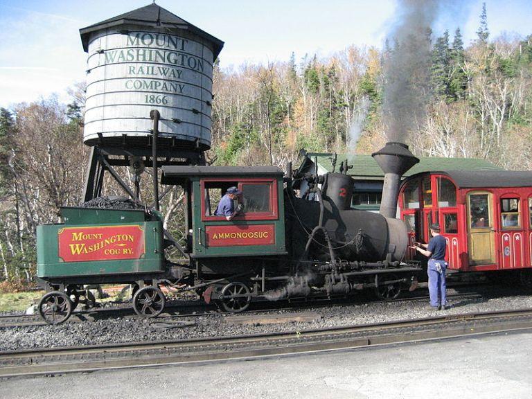 800px-Mount_Washington_Cog_Railway_Ammonoosuc.jpg